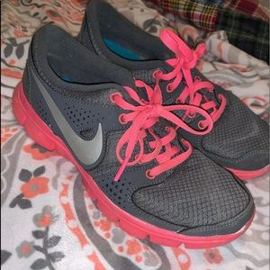 Women's Nike and gray tennis shoes